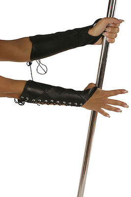 Armstulpen aus Leder mit Schnürung Ledapol LE5522
