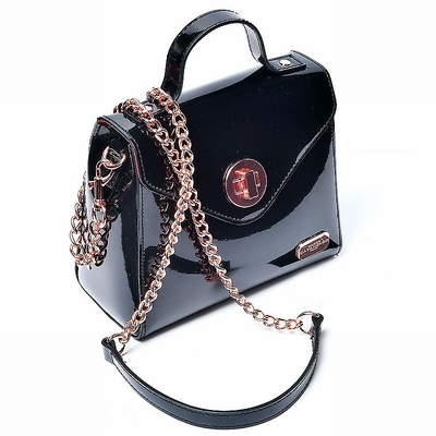 Lack-Handtasche