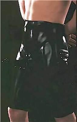 Lange Latexbermuda mit anatomischer Penishülle Latexa 1211Z
