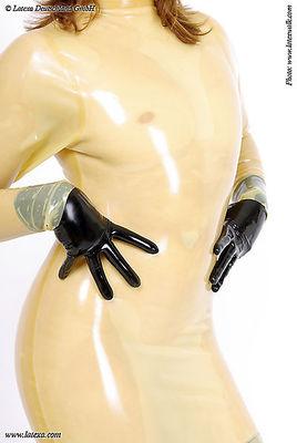 Latex-Tubenkleid mit Stehkragen, RV im Rücken