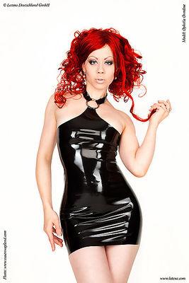 Latex-Spanking-Kleid mit O-Ring